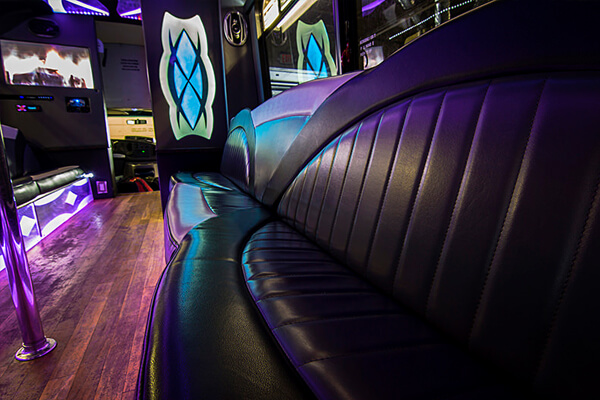 Fleet of luxurious party buses in fort myers for Custom party bus interiors